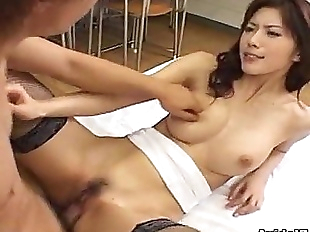Hot Japanese babe Riko Tachibana fucked by a..