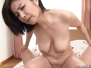 Milf Sucking Guy Hairy Pussy Fucked On The Bed -..