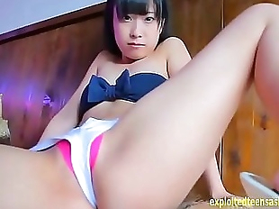Kotora Mafune Appears In Her Debut Gets Massage..
